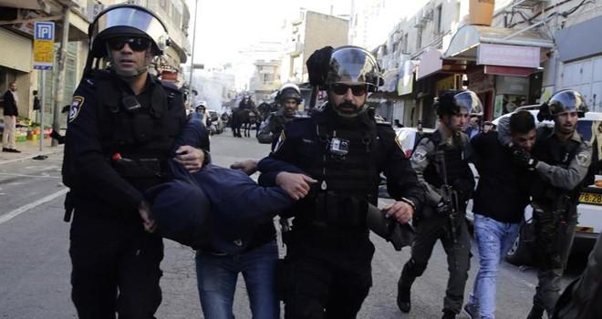 İsrail güçleri 50 Kudüslüyü gözaltına alındı