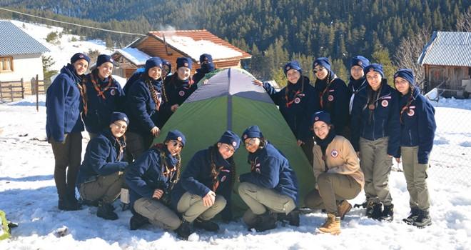 Bolu Aladağ İleri Düzey Kış Kampı'na KKTC'den izciler de katıldı