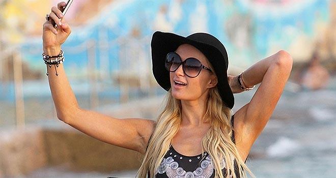 Paris Hilton: Selfiyi ben icat ettim