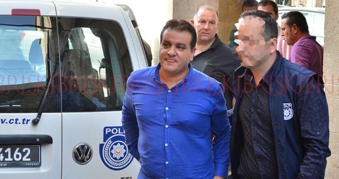 M.F.Ö., Türkiye'ye kaçtı