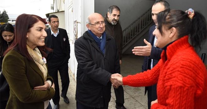 TDP adayları bazı daireleri ziyaret etti