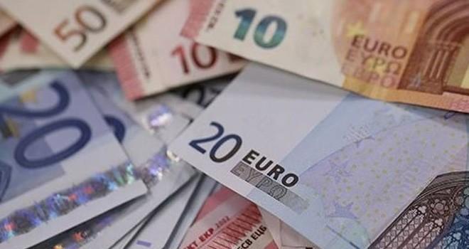 745 milyon 200 bin Euro mevduat kaçışı oldu