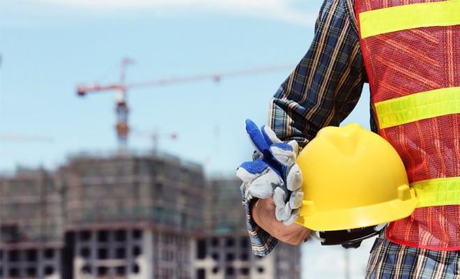 19 yaşındaki işçi inşaattan düştü!