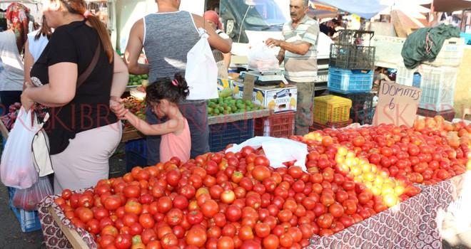İthal ve yerli domates yan yana