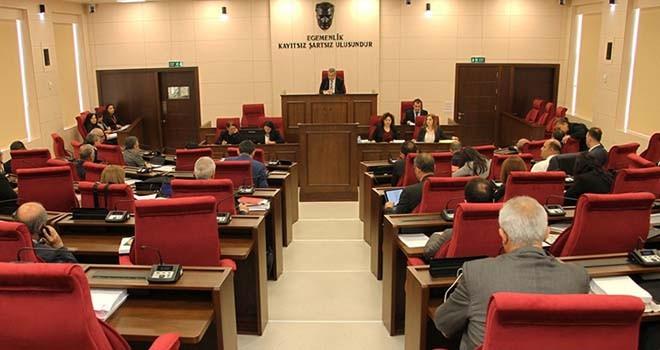 Kamu Sağlık Çalışanları Değişiklik Yasası ile Sayıştay Komitesi Raporu bugün Meclis'in gündeminde
