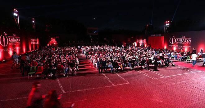 Antalya Film Festivali'nde 'gerilla' gerilimi