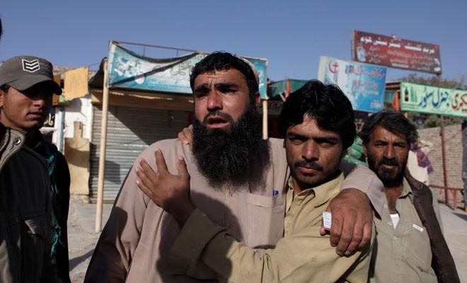 Pakistan'da terör saldırısı: 59 kişi yaşamını yitirdi