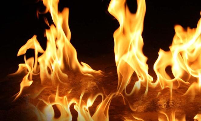 Akçay'da yangın