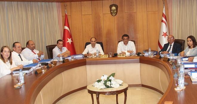 Başbakan Erhürman Bakanlar Kurulu'da alınan kararları açıkladı