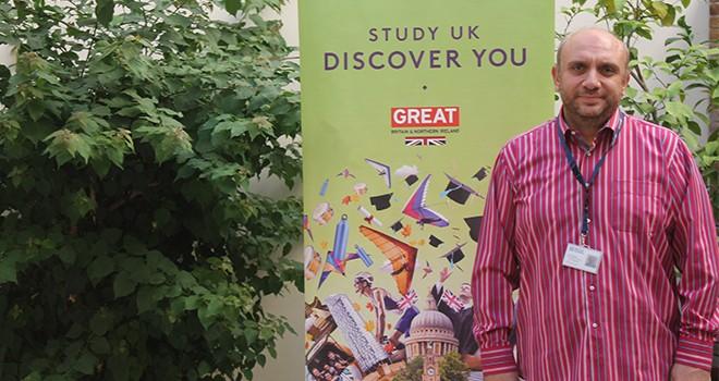 İngiltere'de eğitim Kıbrıs için cazibesini koruyor