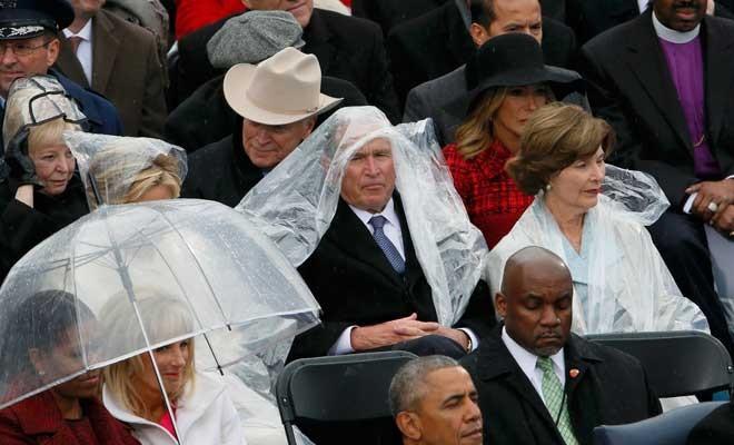 Bush'un naylon yağmurlukla imtihanı