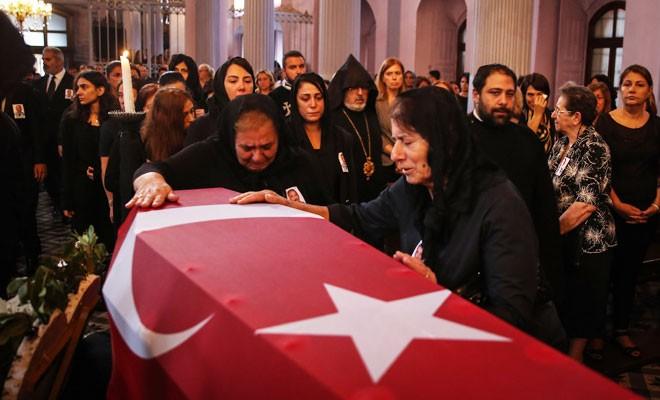 Ermeni asıllı Kıbrıs gazisi son yolculuğuna uğurlandı