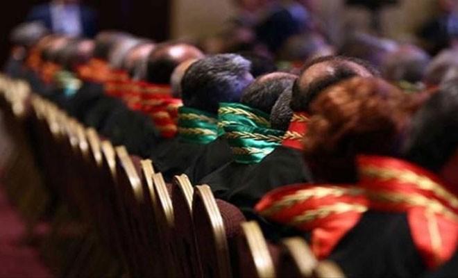 Türkiye'de 39 hakim ve savcı daha meslekten ihraç edildi