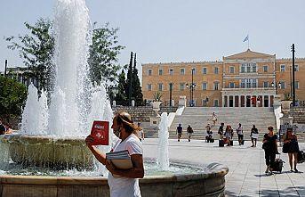Yunanistan'da mevsim normallerinin üzerinde seyreden hava sıcaklıkları 46 derecenin üzerine çıktı