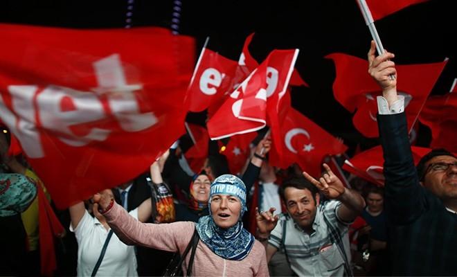 Economist: Piyasaların Türkiye kaygısı 'ilerleyen otokrasi değil siyasi karışıklık'