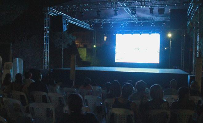 Festival film gösterimiyle başladı