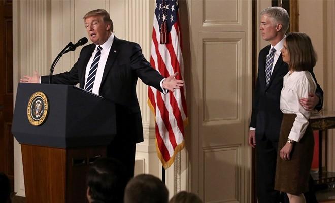 Trump, Yüksek Mahkeme üyeliği adayını açıkladı