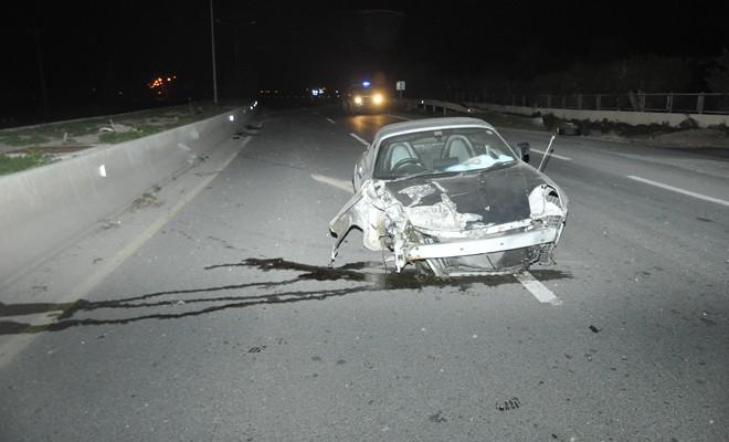Alkollü sürücü çarpa çarpa durabildi