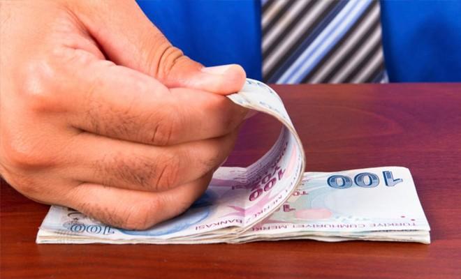 Vatandaşlar borçla yaşamaya çalışıyor