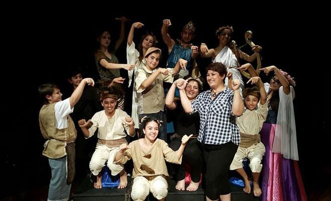 Girne'de tiyatro kayıtları başlıyor