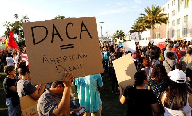 ABD'ye yasa dışı giren çocuklar sınır dışı edilmeyecek