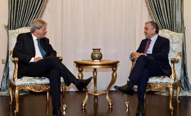 Akıncı, İtalya Dışişleri Bakanı Gentiloni'yi kabul etti