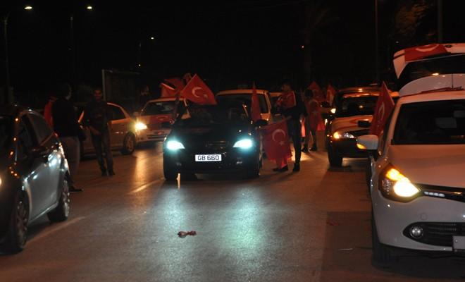AKP'liler Lefkoşa'da kutlama yaptı