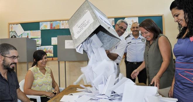 Partiler seçime hazırlanıyor