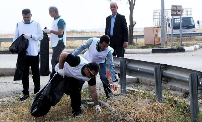 Bu kez Ercan Havalimanı-Yonca Kavşağı arası temizlendi