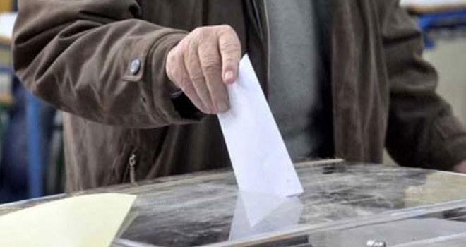 Güney'de seçmen adayların kişiliğine bakıyor