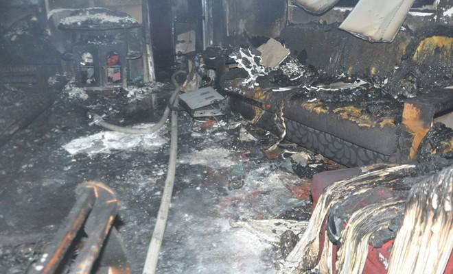 Üç çocuk yangından son anda kurtarıldı