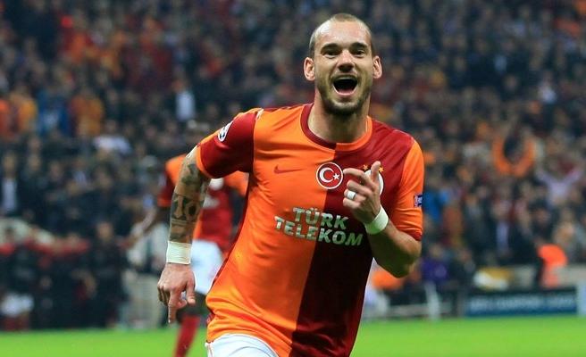 Sneijder 2 hafta yok