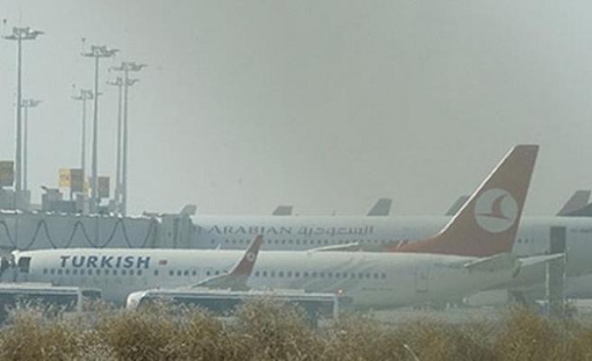 Diyarbakır'da hava ulaşımına sis engeli