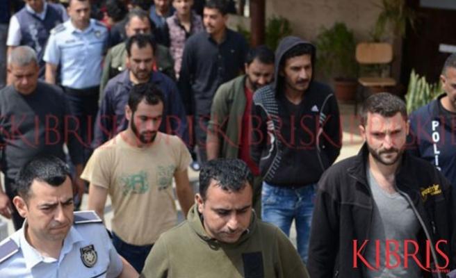 İkamet izinsiz 19 kişi daha tutuklandı