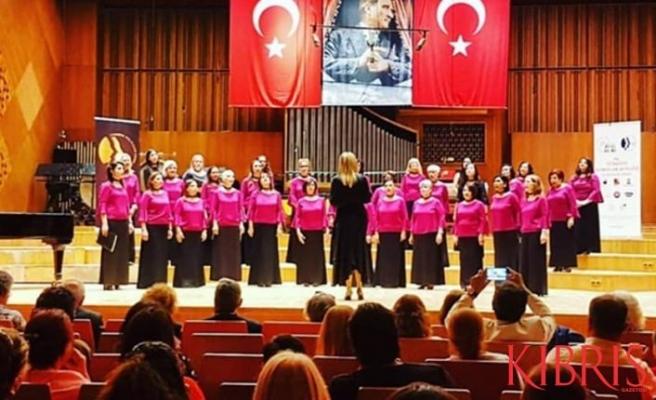 """""""Makamer Korosu"""", Şarkılarını Ankara'da Seslendirdi"""