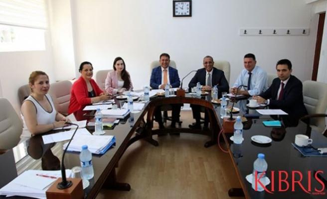 Meclis Araştırma Komitesi taslak raporu değerlendirdi