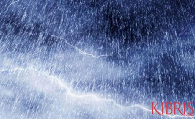 Saat 14.00'ten itibaren sağanak yağış bekleniyor