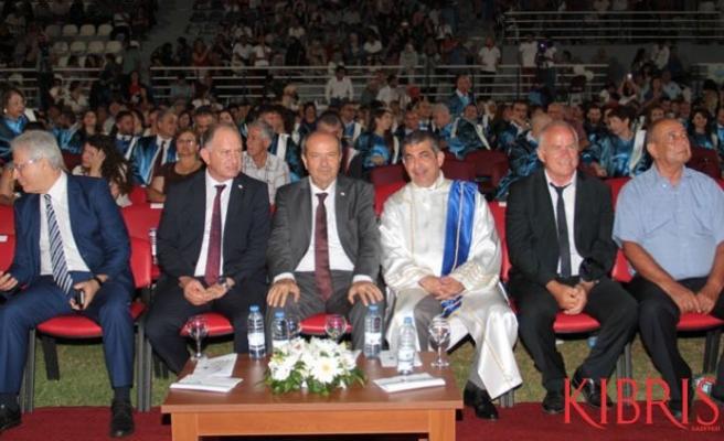 Tatar, Lefke Avrupa Üniversitesi mezuniyet törenine katıldı