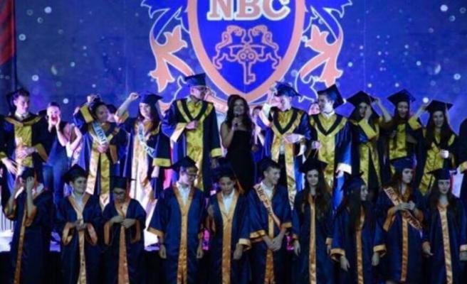 Necat British College de 7. mezuniyet coşkusu