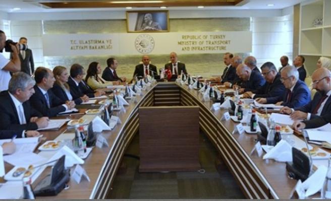 Turhan: Ulaştırma ve haberleşmede önemli adımlar atılacak