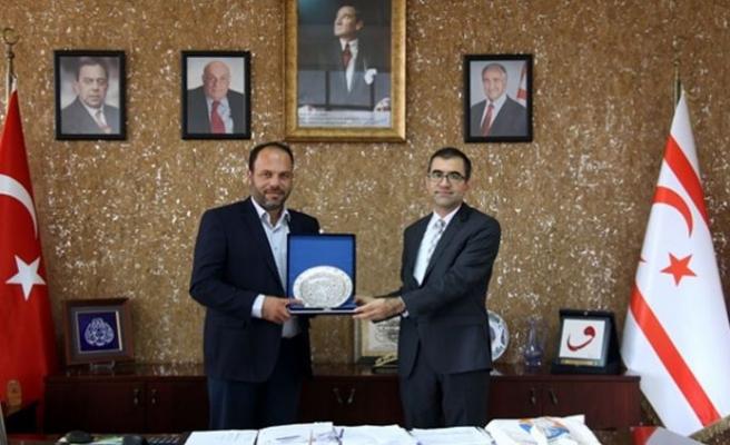 TC Başkonsolosu, Sadıkoğlu'nu ziyaret etti