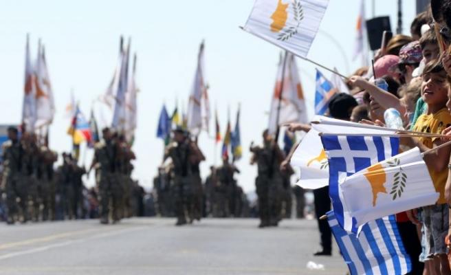 Yunan F-16'ları, Ankara korkusundan uçamadı