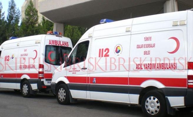Minibüs, 4 yaşındaki çocuğa çarptı; durumu ağır