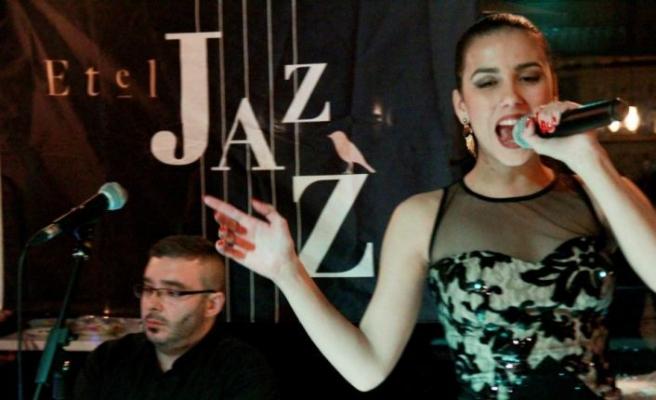 Caz ve şarap yine Etel Jazz'da buluştu