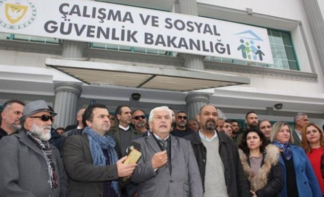 """""""Asgari ücret net 8 bin 829 TL olmalı"""""""