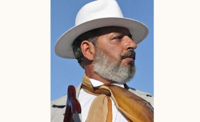 """Derman Atik """"Uluslararası Tiyatro Adamı"""" ödülüne layık görüldü"""