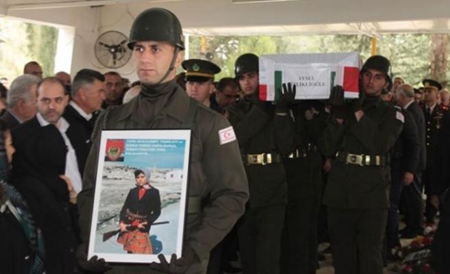 Dizliklioğlu ve Gardiyanoğlu askeri törenle toprağa verildi