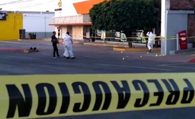 Meksika'da müzisyen katliamı: 10 ölü