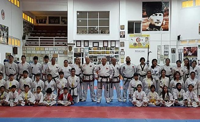 Taekwondocular Denktaş anısına kapıştı