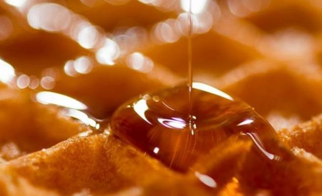 Türkiye'de bal görünümlü şurup üretimine yasak getirildi